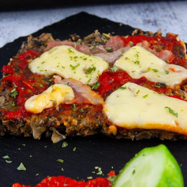 Low Carb Rezept: Pizza-Pilzkuchen