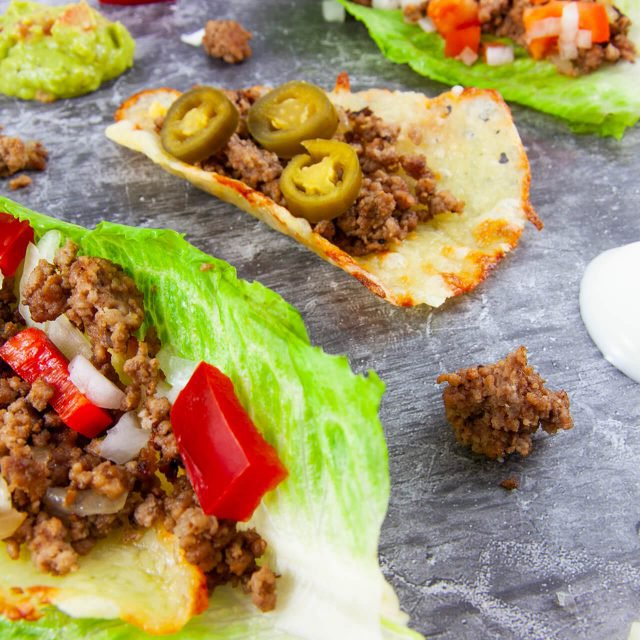 Low Carb Rezept: Käse-Salat-Tacos