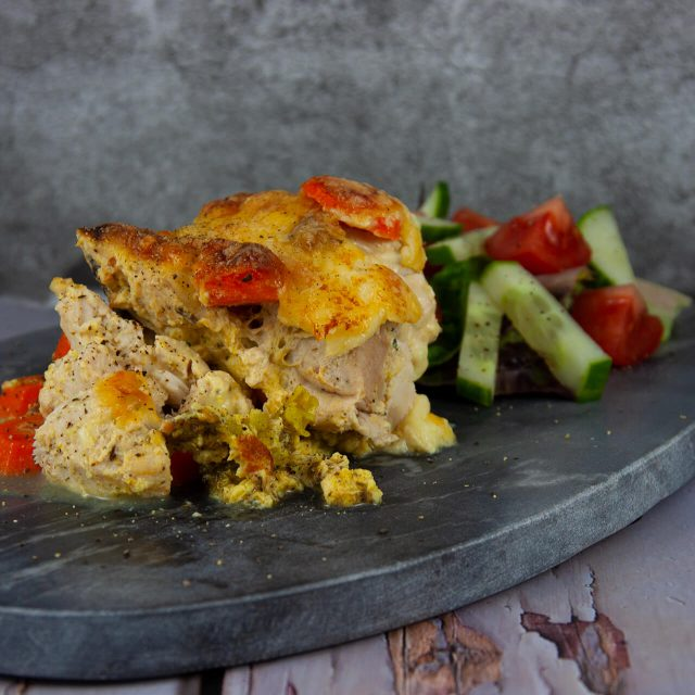 Low Carb Rezept: schneller Hähnchen-Gemüseauflauf